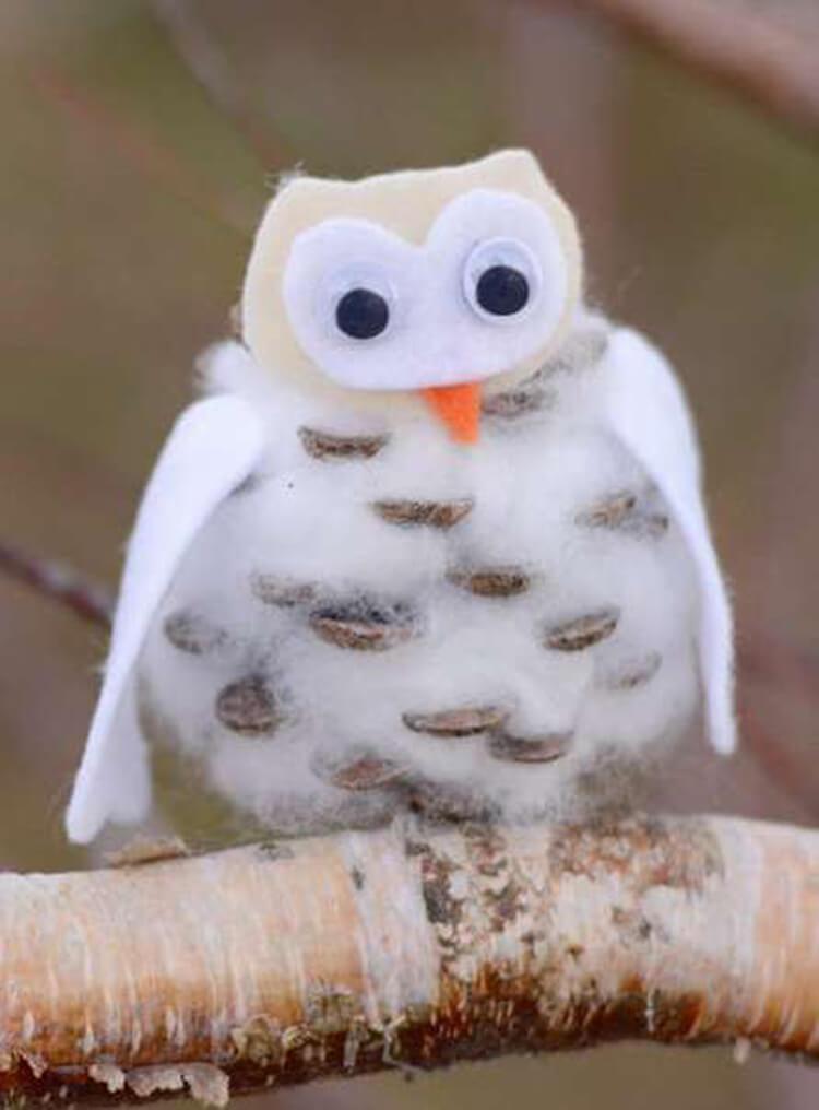 Делаем сову из шишек для детского сада sova iz shishek 6