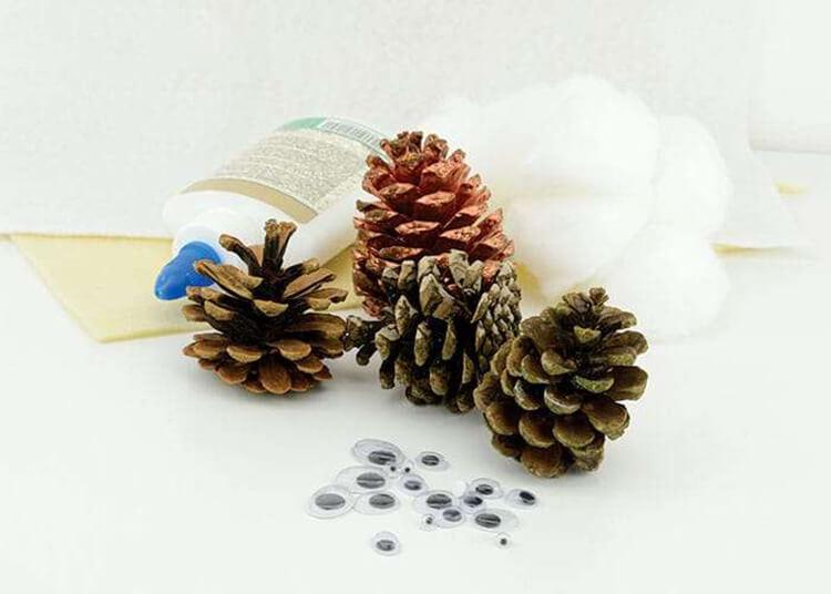 Делаем сову из шишек для детского сада sova iz shishek 7