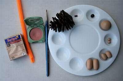 Как сделать ежика из шишки: различные варианты поделки ezhik iz shishek 12