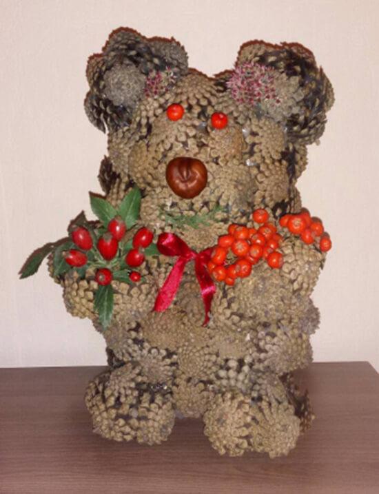 Как можно сделать медведя из шишек: варианты для детского сада kak sdelat medvedya iz shishek 12