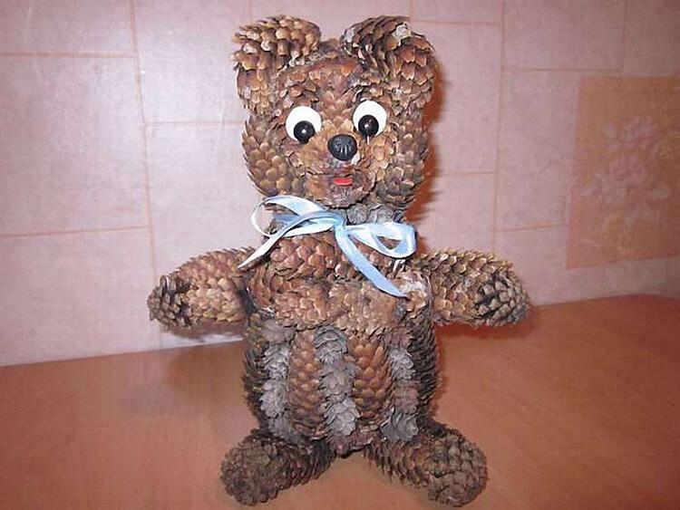 Как можно сделать медведя из шишек: варианты для детского сада kak sdelat medvedya iz shishek 13