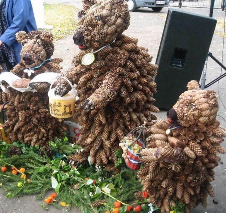 Как можно сделать медведя из шишек: варианты для детского сада kak sdelat medvedya iz shishek 17