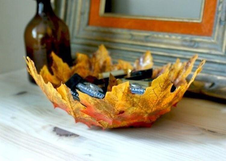 Интересные и красивые поделки из осенних листьев в садик и школу osennie podelki iz listev 37