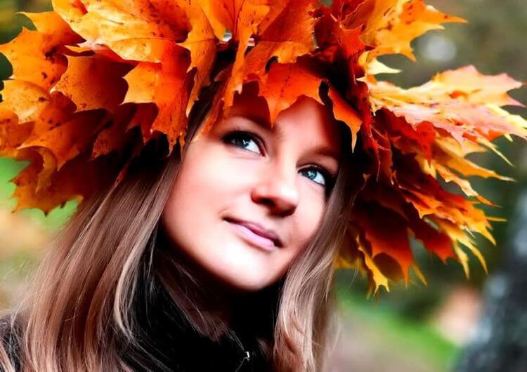 Красивый осенний венок: мастер классы, советы, варианты с фото osennij venok iz listev 29