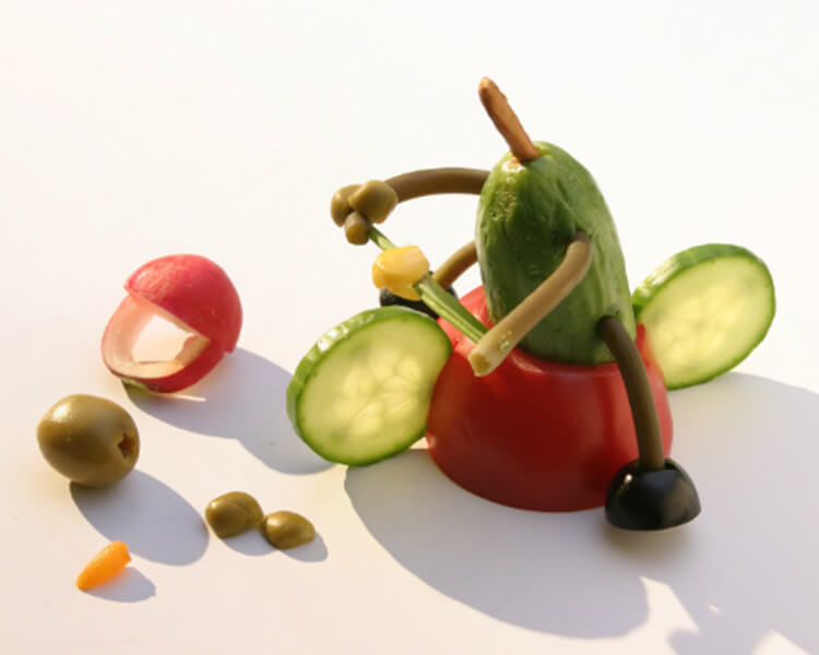 Как сделать поделку из помидор в школу на праздник Осени podelki iz ovoshchej iz pomidor 16