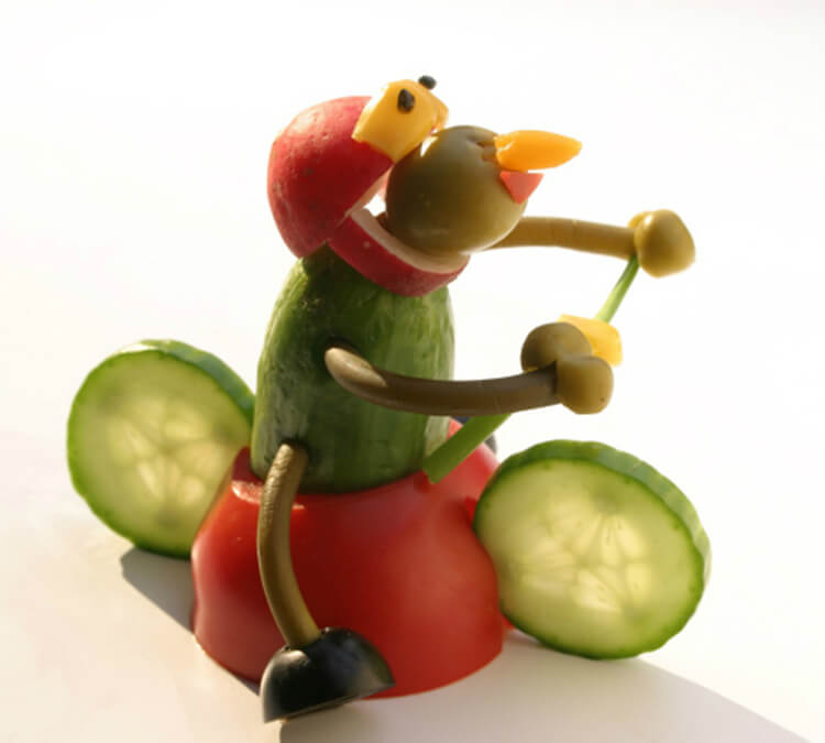 https://larecmasterici.ru/wp-content/uploads/2019/09/podelki-iz-ovoshchej-iz-pomidor-20.jpg