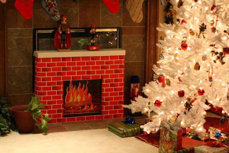 Декоративный камин как украшение комнаты на Новый год novogodnij kamin svoimi rukami 37