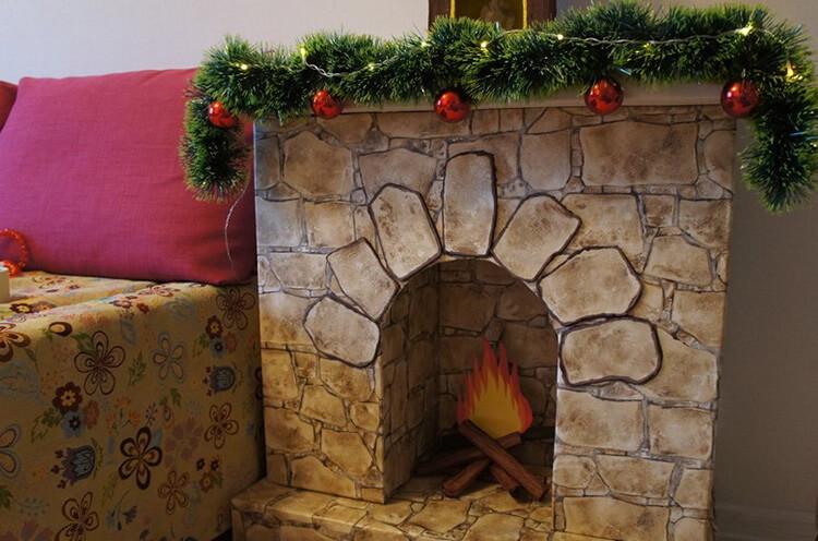 Декоративный камин как украшение комнаты на Новый год novogodnij kamin svoimi rukami 43