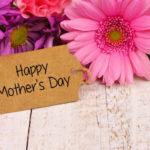 Яркие и оригинальные поделки для любимых мам своими руками