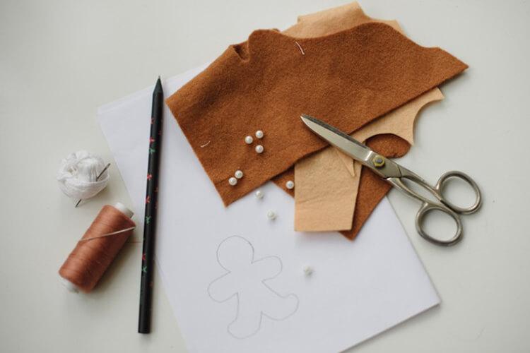 Новогодние поделки из фетра: что можно сделать своими руками как украшение елки и дома iz fetra ng 12