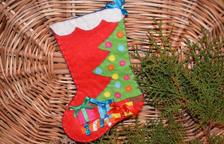 Новогодние поделки из фетра: что можно сделать своими руками как украшение елки и дома iz fetra ng 98