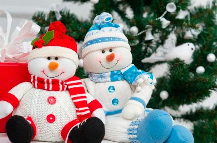 Делаем снеговика своими руками к новому году : различные способы  с фото podelka snegovik svoimi rukami 1