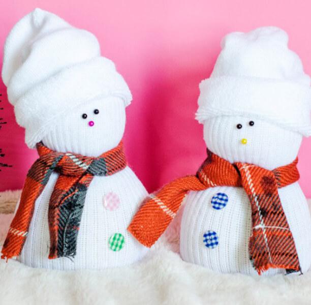 Делаем снеговика своими руками к новому году : различные способы  с фото podelka snegovik svoimi rukami 76
