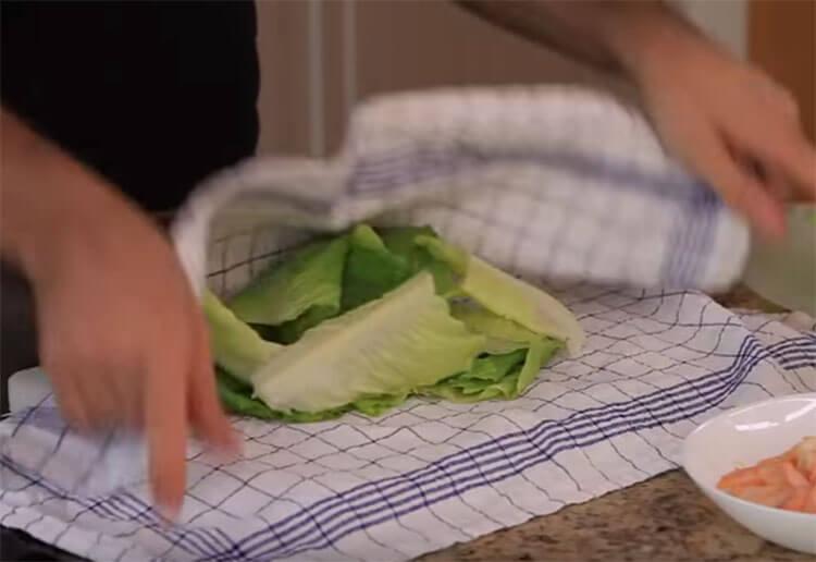 Как приготовить салат Цезарь: вкусные пошаговые рецепты на праздничный или повседневный стол salat cezar s kuricej 21