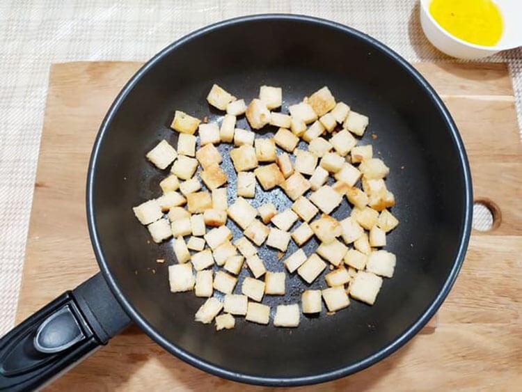Как приготовить салат Цезарь: вкусные пошаговые рецепты на праздничный или повседневный стол salat cezar s kuricej 4