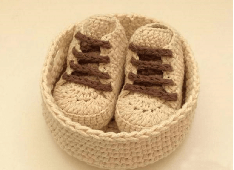 Как связать тапочки кеды крючком для взрослых и детей tapochki kedy kryuchkom 2