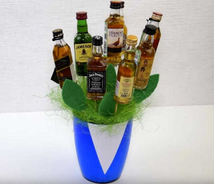 Букет для мужчины на 23 февраля: оригинальный подарок своими руками buket dlya muzhchiny svoimi rukami 106