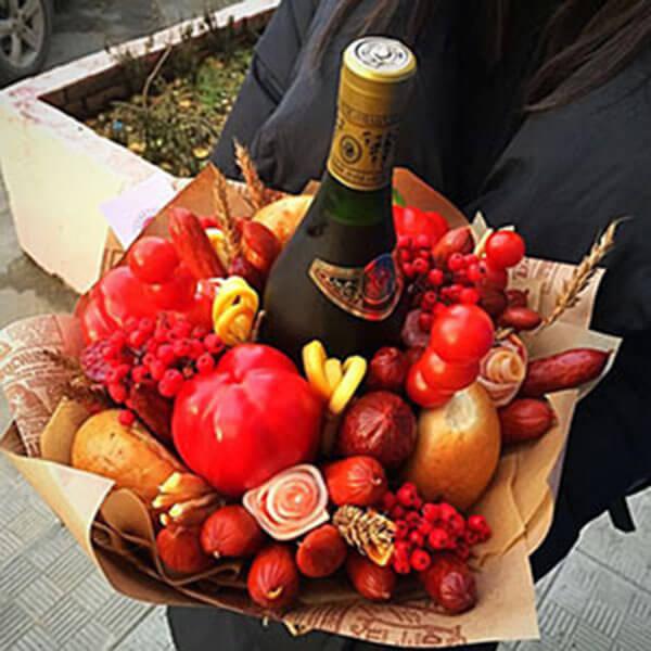 Букет для мужчины на 23 февраля: оригинальный подарок своими руками buket dlya muzhchiny svoimi rukami 65