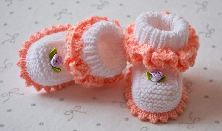 Пинетки для новорожденных малышей спицами: что можно связать для первой обуви малышам pinetki spicami s opisaniem i skhemami 2