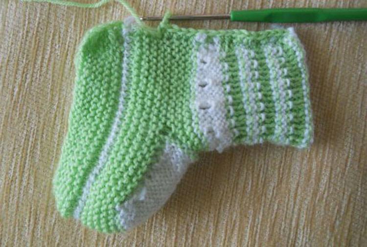 Пинетки для новорожденных малышей спицами: что можно связать для первой обуви малышам pinetki spicami s opisaniem i skhemami 58