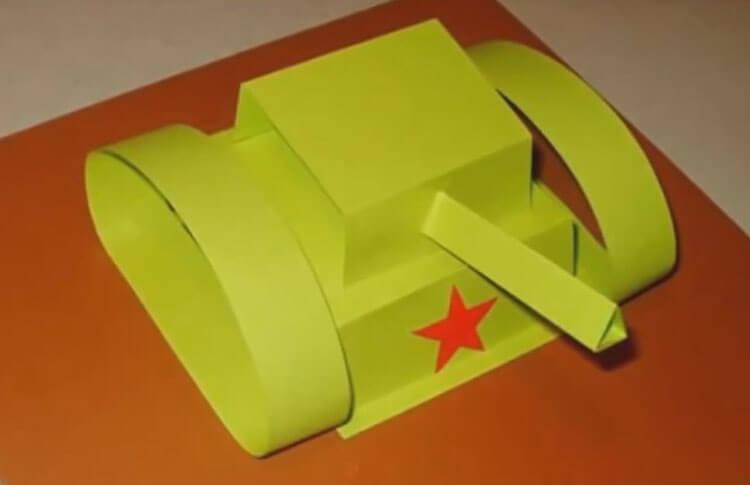 Поделки на 23 февраля: самое интересное для конкурса в школу и садик podelki na 23 fevralya svoimi rukami 106