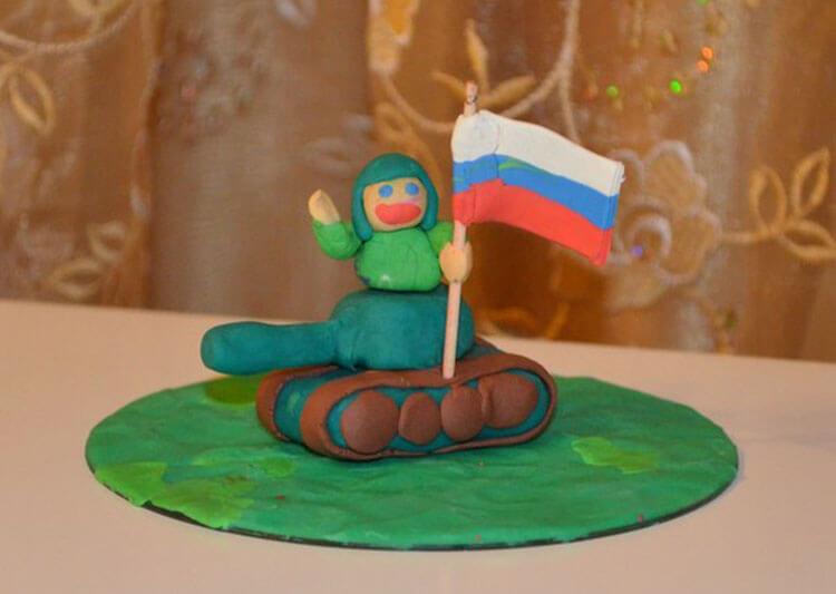 Поделки на 23 февраля: самое интересное для конкурса в школу и садик podelki na 23 fevralya svoimi rukami 38