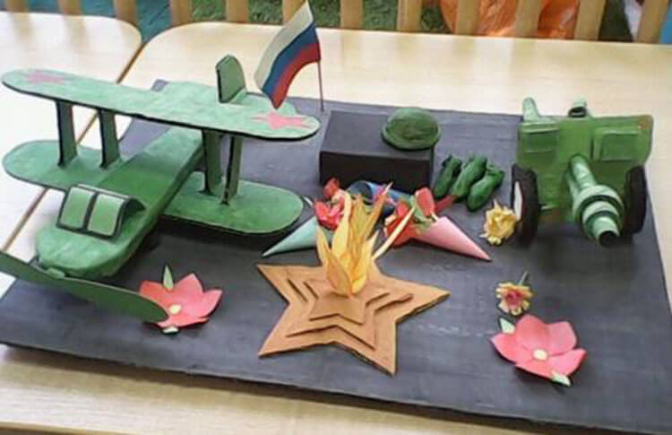Поделки на 23 февраля: самое интересное для конкурса в школу и садик podelki na 23 fevralya svoimi rukami 85