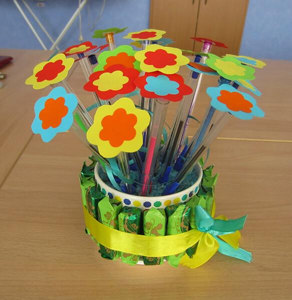 Поделки на 8 марта для любимых мам: подарок с душой своими руками podelku na 8 marta svoimi rukami 140