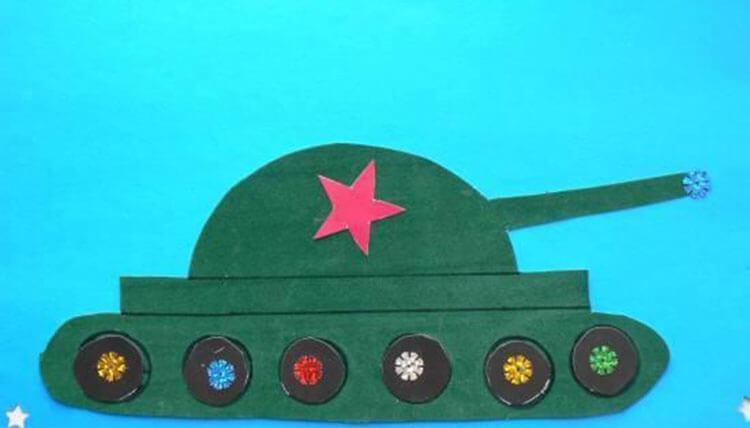 Поделка Танк из различных материалов: отличный подарок на 23 февраля tank svoimi rukami 54
