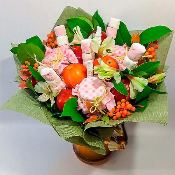 Красивый и сладкий букет из конфет на 8 марта: мастер классы с фото bukety iz konfet svoimi rukami 14