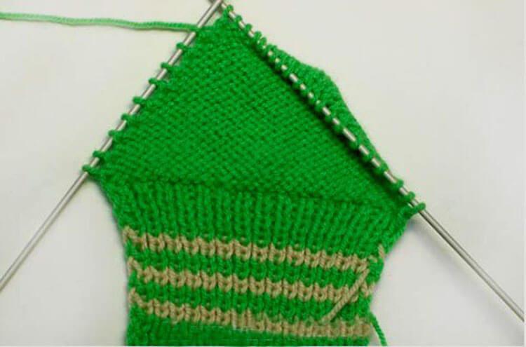 Как связать красивые носки спицами: варианты вязания на 2х и 5ти спицах kak svyazat noski 11