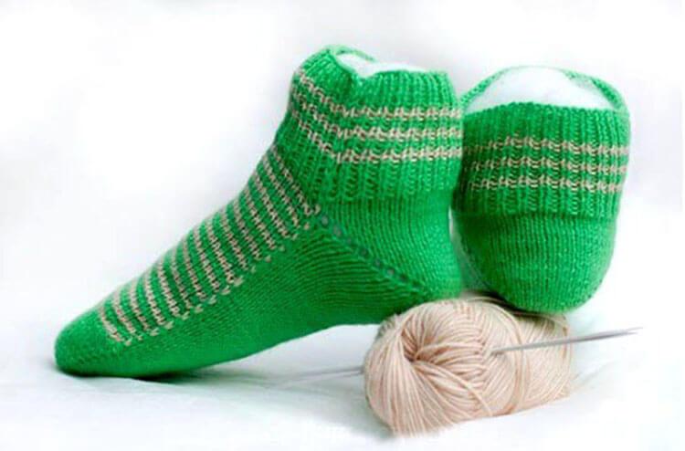 Как связать красивые носки спицами: варианты вязания на 2х и 5ти спицах kak svyazat noski 2