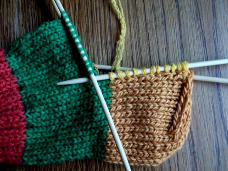 Как связать красивые носки спицами: варианты вязания на 2х и 5ти спицах kak svyazat noski 36