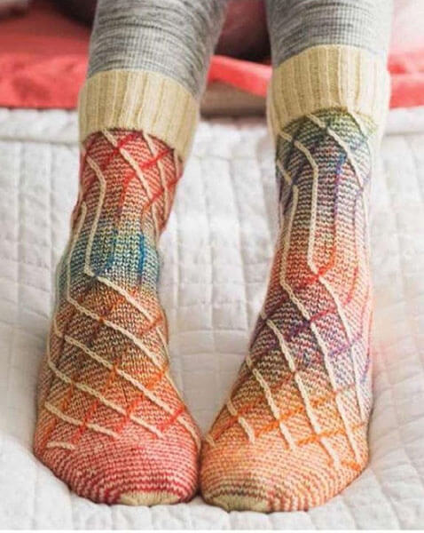 Как связать красивые носки спицами: варианты вязания на 2х и 5ти спицах kak svyazat noski 48