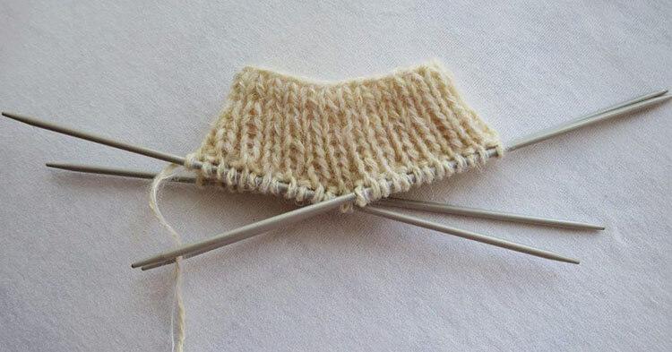 Как связать красивые носки спицами: варианты вязания на 2х и 5ти спицах kak svyazat noski 58