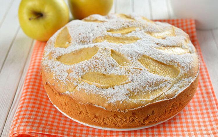 Как приготовить шарлотку с яблоками: вкусные проверенные рецепты sharlotka s yablokami recept 11