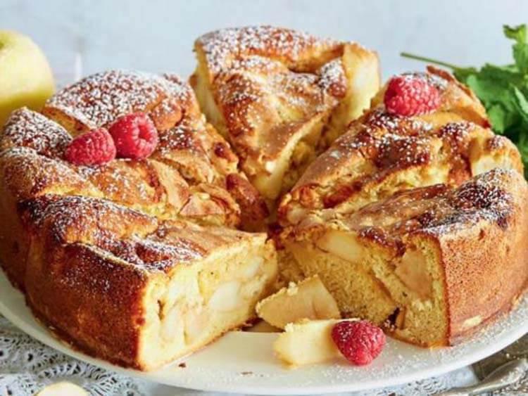 Как приготовить шарлотку с яблоками: вкусные проверенные рецепты sharlotka s yablokami recept 28
