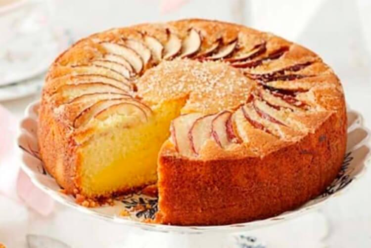 Как приготовить шарлотку с яблоками: вкусные проверенные рецепты sharlotka s yablokami recept 30