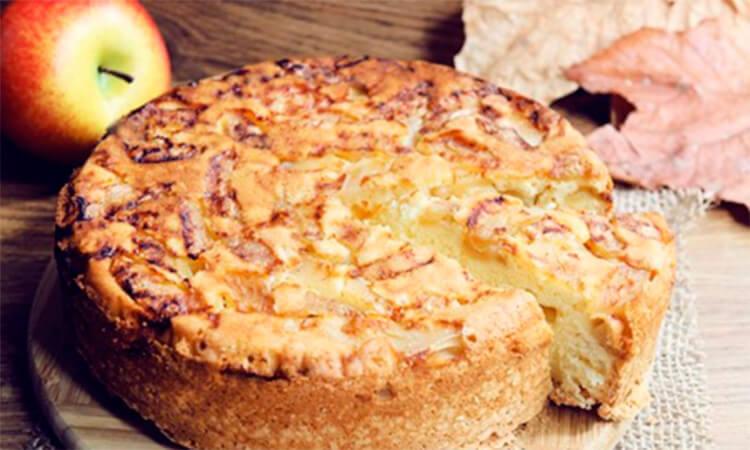 Как приготовить шарлотку с яблоками: вкусные проверенные рецепты sharlotka s yablokami recept 35
