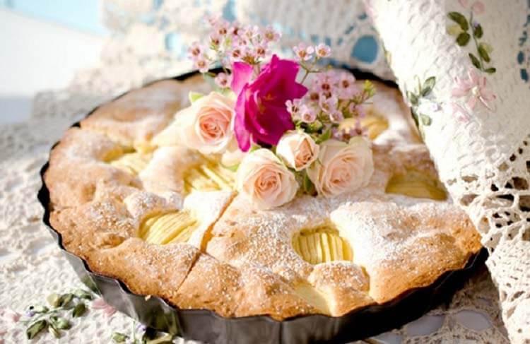 Как приготовить шарлотку с яблоками: вкусные проверенные рецепты sharlotka s yablokami recept 45