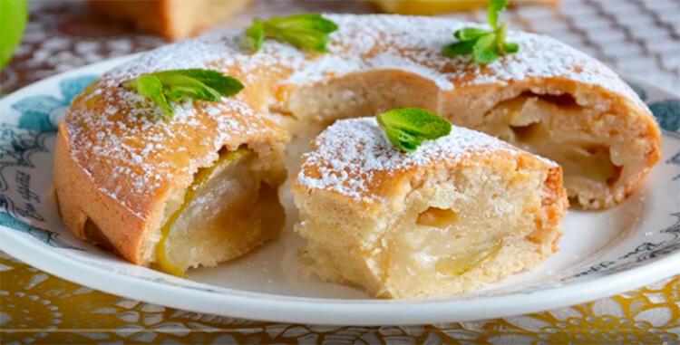 Как приготовить шарлотку с яблоками: вкусные проверенные рецепты sharlotka s yablokami recept 53
