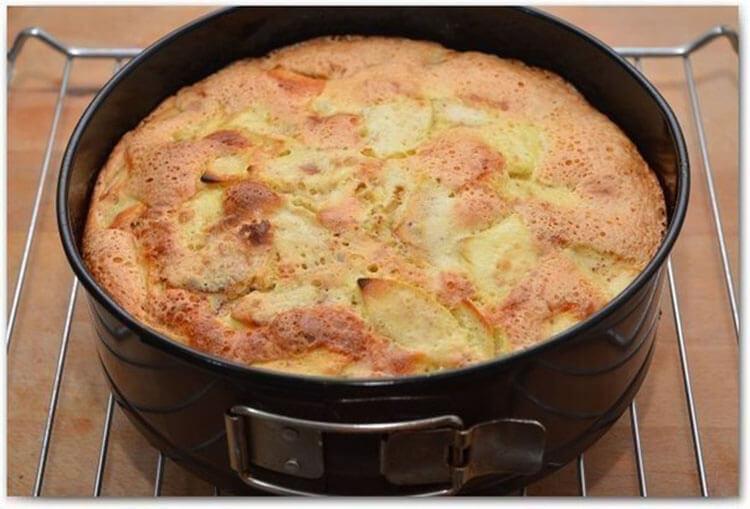 Как приготовить шарлотку с яблоками: вкусные проверенные рецепты sharlotka s yablokami recept 9