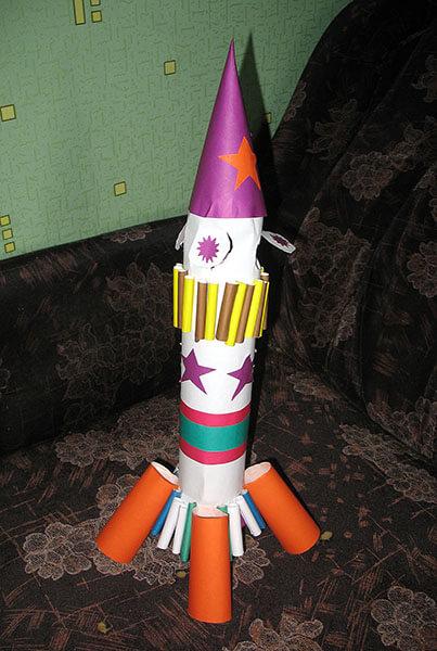 Как сделать ракету своими руками: поделка для сада и школы Podelka raketa 11