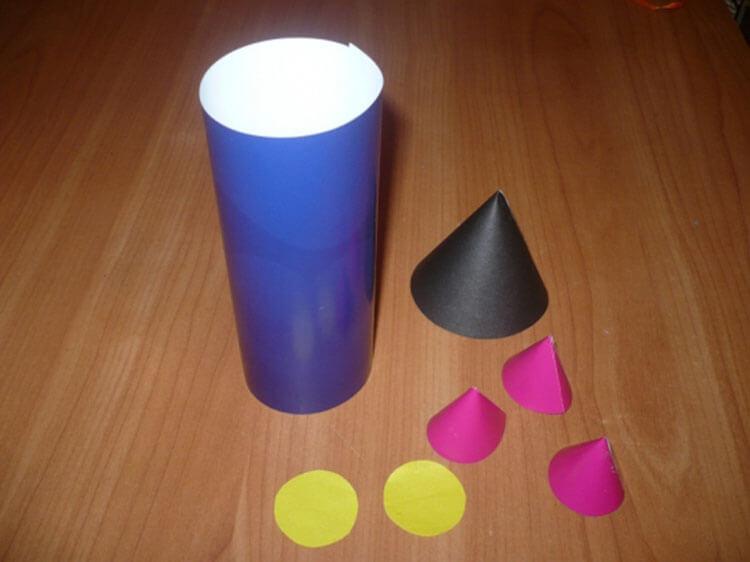 Как сделать ракету своими руками: поделка для сада и школы Podelka raketa 26
