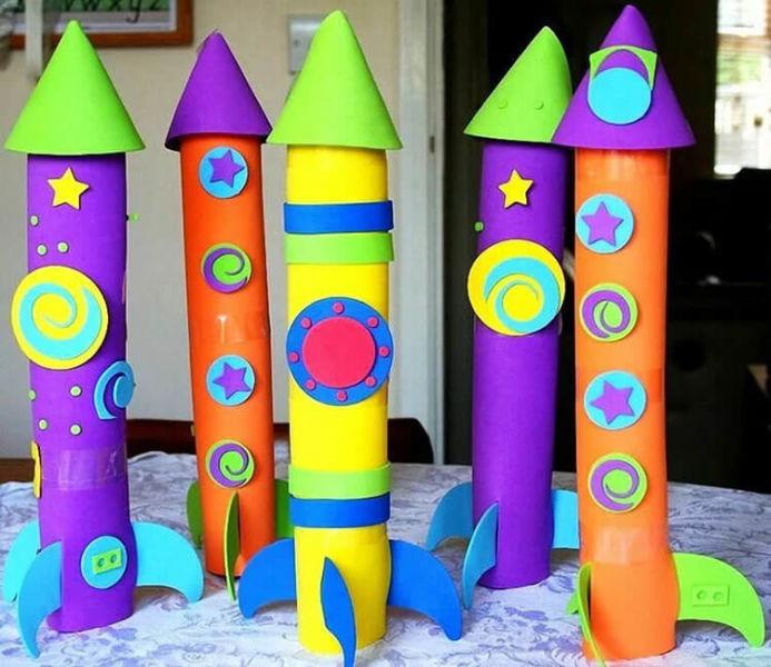 Интересные поделки для школы и садика на день Космонавтики podelki svoimi rukami ko dnyu kosmonavtiki 117