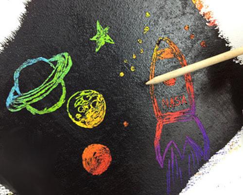 Как нарисовать рисунок на день космонавтики для сада и школы risunok na den kosmonavtiki dlya detej 2