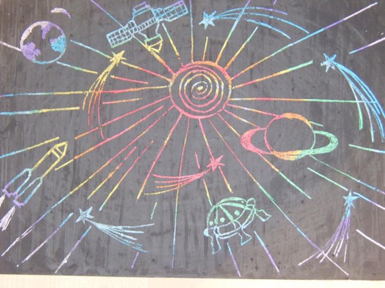 Как нарисовать рисунок на день космонавтики для сада и школы risunok na den kosmonavtiki dlya detej 39