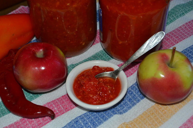 Как приготовить аджику из помидор на зиму: рецепты пальчики оближешь adzhika iz pomidorov i percev na zimu 22
