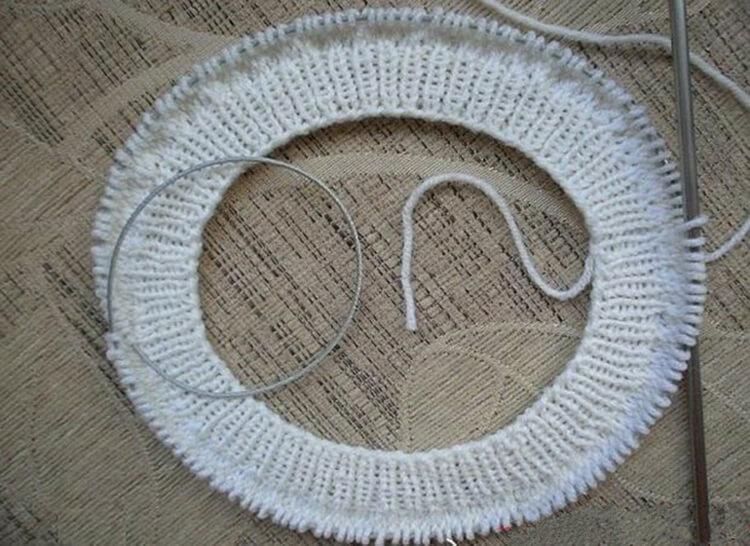 Женский берет спицами: как связать спицами модный головной убор kak svyazat spicami beret 19