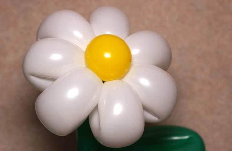 Делаем цветок ромашка своими руками из различных материалов romashki svoimi rukami 127